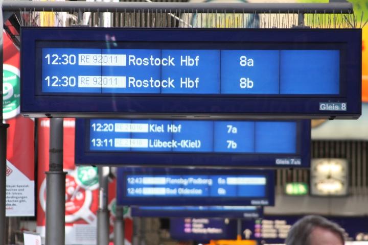 Hamburg_Hauptbahnhof_2009_446